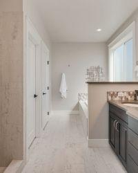 038_Master Bathroom