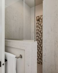 040_Master Bathroom