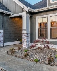 062_Front Entry