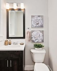 06-Bathroom